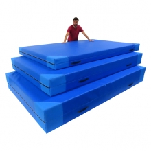 Giant crash mat