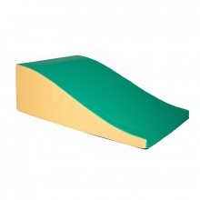 Long curved foam ramp